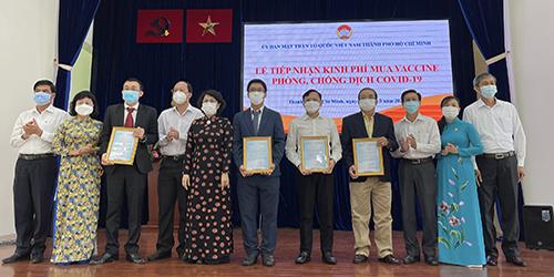 Tường Việt ủng hộ kinh phí mua vaccine phòng, chống dịch Covid-19